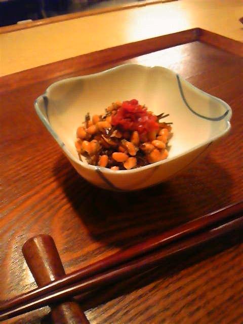 切り昆布の佃煮梅納豆和え