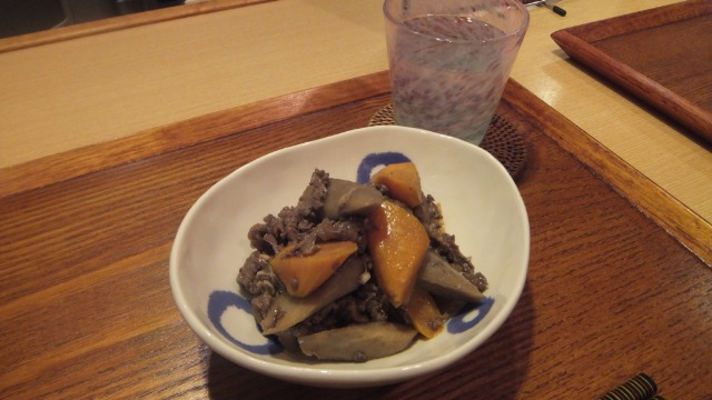 人参とごぼう牛肉の酢じょうゆ炒め