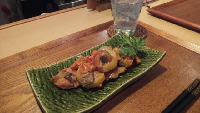 たっぷり野菜と秋鮭のトマト煮