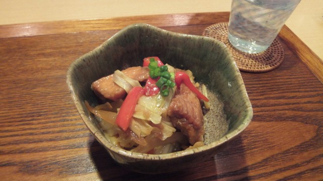 揚げ秋鮭とキャベツの甘味噌炒め