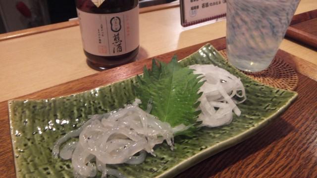 白魚の刺身