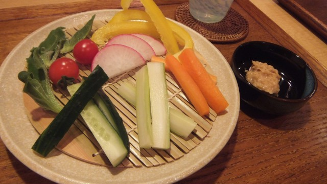 生野菜盛り合わせ酒粕納豆タレ添え