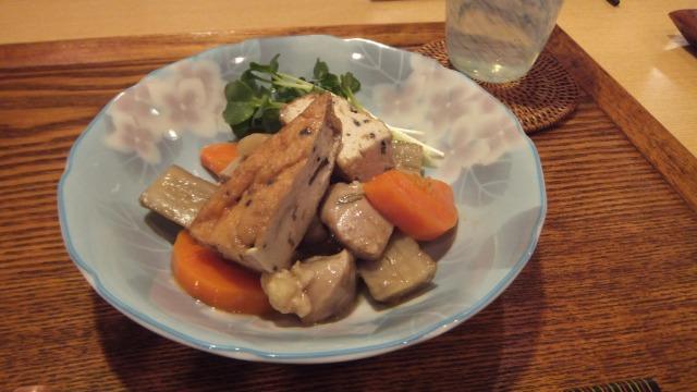 鶏肉と根菜の梅煮