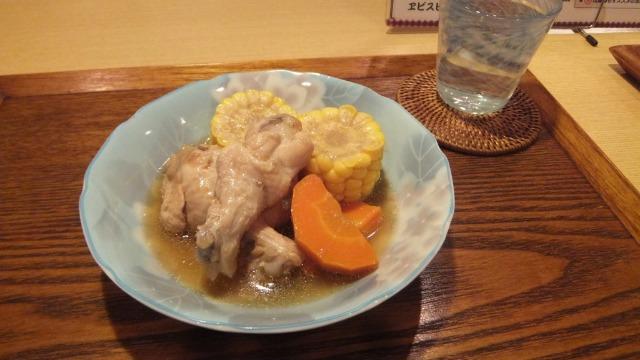トウモロコシと骨付き鶏の和風煮
