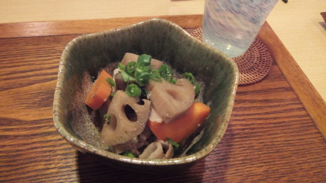豚肉とレンコンの甘辛煮