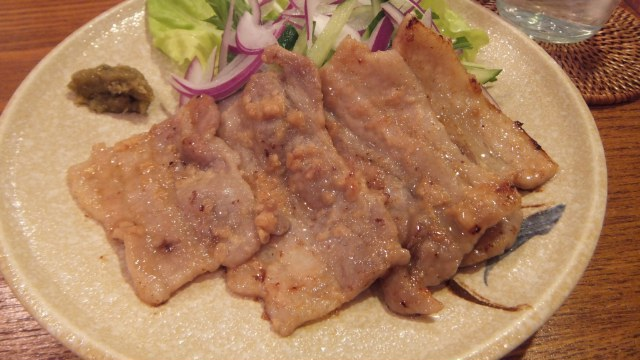 豚肉の塩こうじ漬け焼き